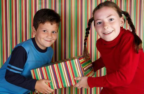 kindergeburtstag schnitzeljagd in der weihnachtszeit